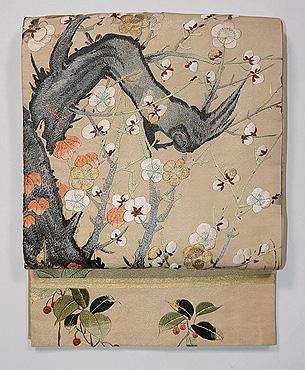 梅の古木文様袋帯