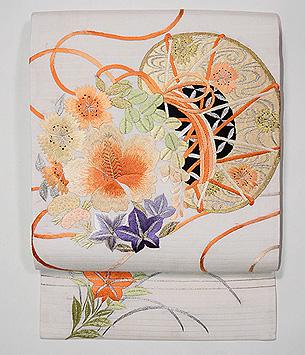 秋の花に雅楽文様刺繍絽縮緬名古屋帯