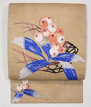 麻地ビワの刺繍名古屋帯