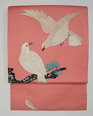 ピンク地白鳩の刺繍名古屋帯