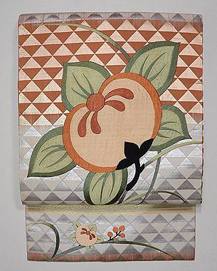 鱗紋に橘の刺繍名古屋帯