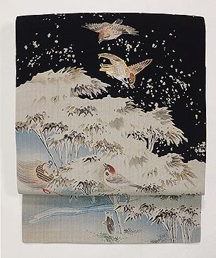 雪景色に雀と隠れ蓑の図小袖崩し名古屋帯