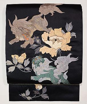 唐獅子と牡丹の刺繍名古屋帯