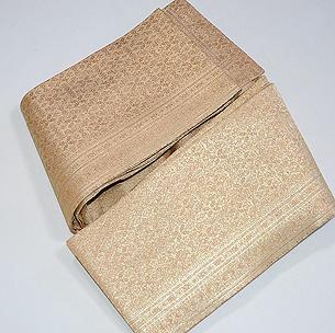 金地紋織り半巾帯