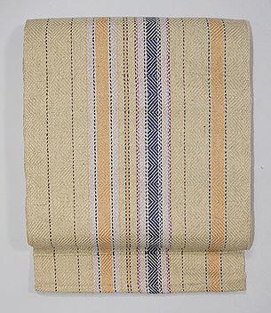 クリーム色の伊兵衛織り名古屋帯