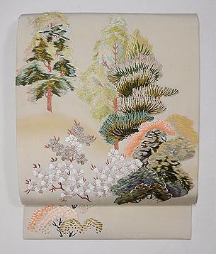 塩瀬地山桜の刺繍名古屋帯