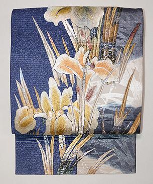 菖蒲の刺繍開き名古屋帯