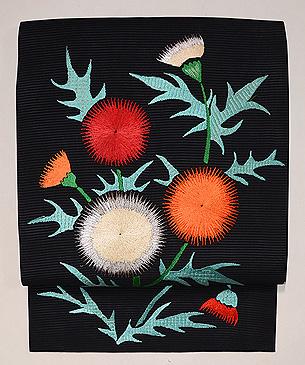 黒地アザミの刺繍夏名古屋帯