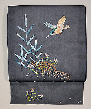 黒地カワセミ刺繍紗名古屋帯