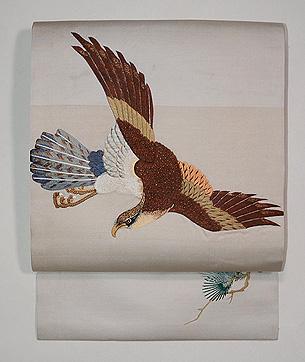 白地鷹の刺繍名古屋帯