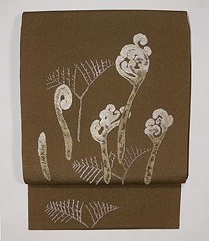 ワラビの刺繍名古屋帯