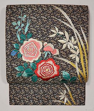 糸錦地バラの刺繍開き名古屋帯