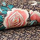 糸錦地バラの刺繍開き名古屋帯 質感・風合