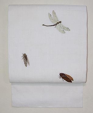 白麻地虫刺繍の名古屋帯