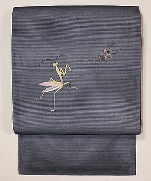 カマキリとコウロギの刺繍名古屋帯
