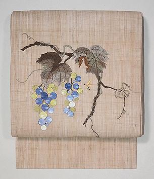 ぶどうにミツバチ刺繍の麻名古屋帯