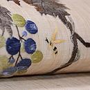 ぶどうにミツバチ刺繍の麻名古屋帯 質感・風合