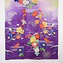 若草色に紫暈し四季の花文様訪問者 上前