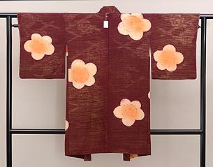 梅に牡丹の羽織