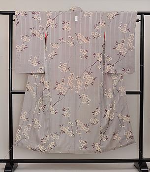 灰白色山桜文様小紋