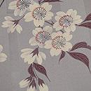 灰白色山桜文様小紋 質感・風合