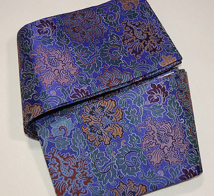 牡丹唐草緞子織半幅帯