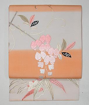 横段に藤の刺繍の名古屋帯