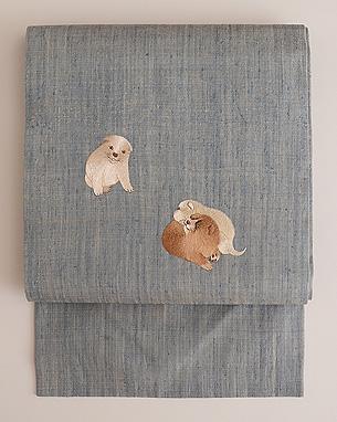 ムク犬の刺繍名古屋帯