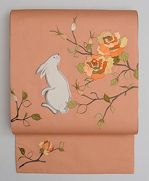 ウサギとバラ文様名古屋帯