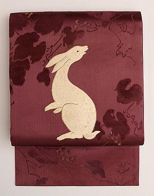 ふりむきウサギの名古屋帯