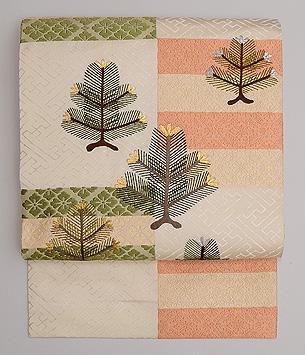石畳文様に若松刺繍の名古屋帯