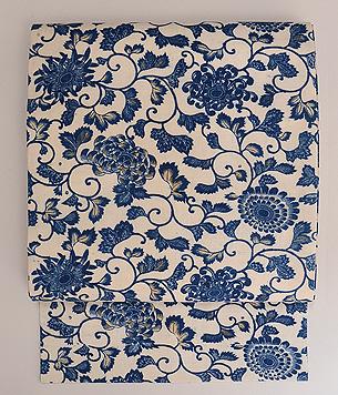 白地に藍の唐草文様和更紗名古屋帯