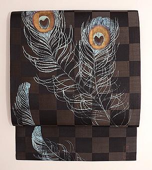 市松に孔雀の羽根文様描き絵名古屋帯