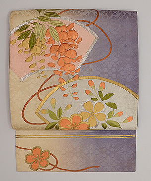 地紙に藤と桜の刺繍名古屋帯