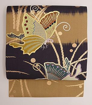 アゲハチョウの刺繍名古屋帯