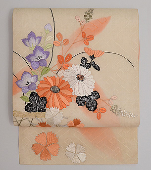 秋花籠盛り文様紋紗の刺繍名古屋帯