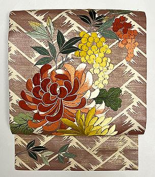 檜垣文様に菊刺繍の名古屋帯