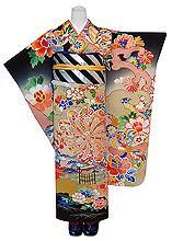 捻菊に牡丹の図豪華刺繍黒振袖
