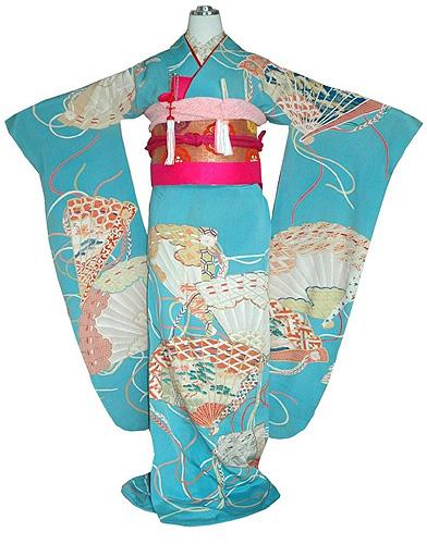水色地檜扇文様錦紗振袖