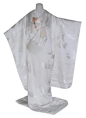 飛翔鶴文様正絹白無垢