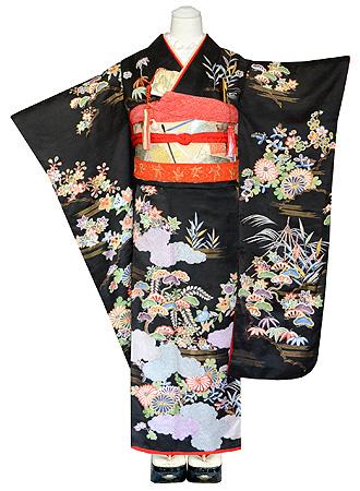 四季の花々御所解文刺繍黒振袖
