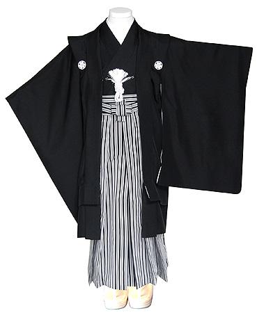 黒紋付に縞袴