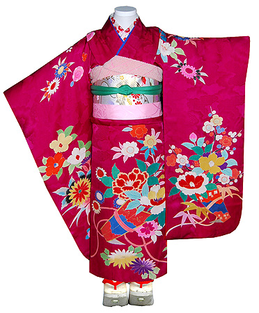 四季の花熨斗目文綸子祝い着