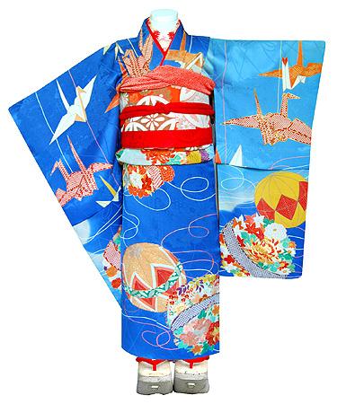 織り鶴に手毬文綸子祝い着