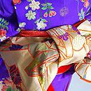 観世水春の花々の図祝い着